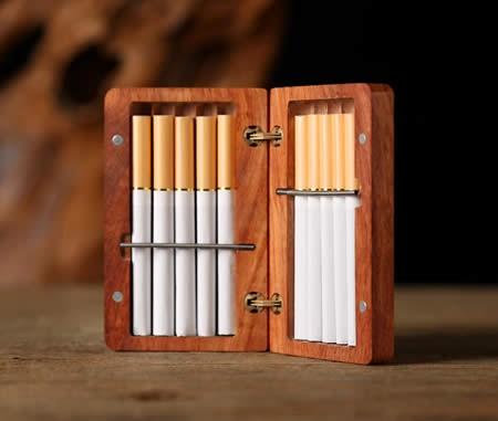 Exquisite Handmade Portable Wooden Cigarette Case