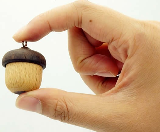 32G Acorn-Shaped Mini Wood USB Flash Drive