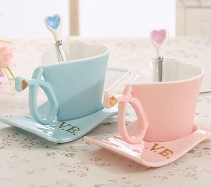 Ceramic Heart Shaped Coffee Mug With Saucer Feelgift