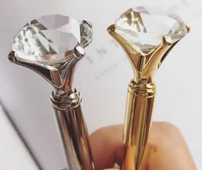 Clear Diamond   Pen