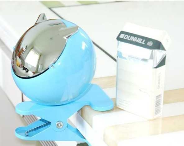 Fashion Clamshell Design Desk  Clip On Ashtray