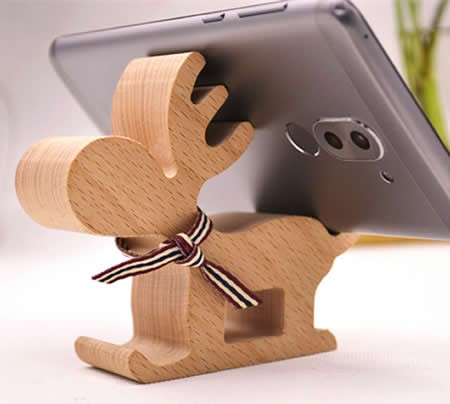Wooden David's Deer Shaped Mobile Phone iPad Holder Stand