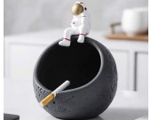 Fun cartoon astronaut round moon ashtray desktop decoration
