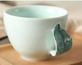Ceramic Coffee Mug with Leaf Handle