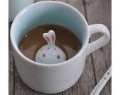 Cute Rabbit Figurine Ceramic Coffee Cup With Lid