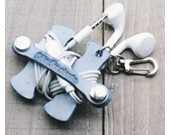 Handmade Leather Headphone Earphone Wrap Winder Cord Organizer With Key Chain
