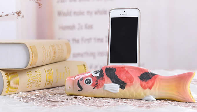 Fish Style Ceramic Speaker Sound Amplifier Stand Dock for SmartPhone