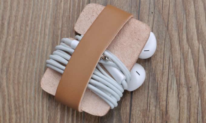 Handmade Leather  Headphone Earphone Wrap Winder Cord Organizer
