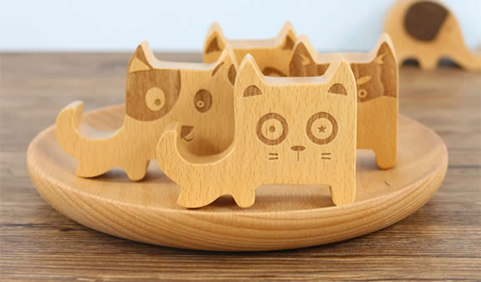 Natural Wooden Mobile Phone Holder Universal Dock With Dog Face for Android Smartphone, Iphone Mobile Phone,Accessories Desk