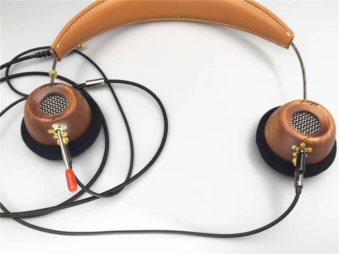 Portable Wooden On-Ear Headphone