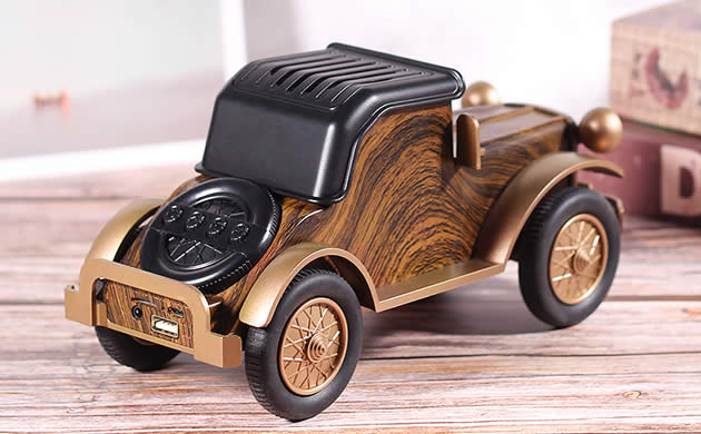 Classic vintage car imitation wood wireless bluetooth charging speaker