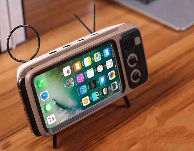 Retro Portable Wireless Bluetooth Speaker Feelgift