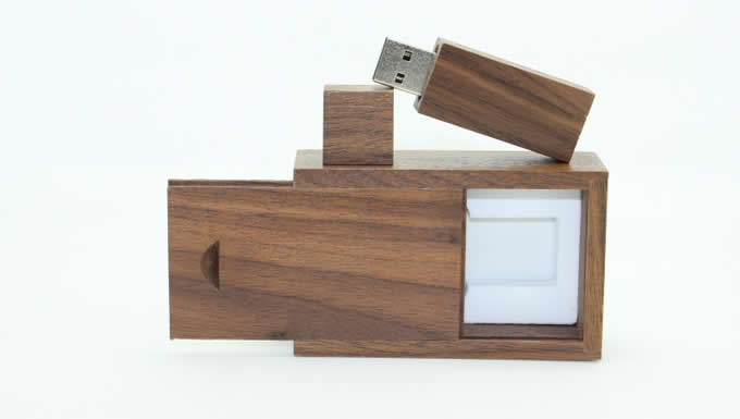Customize Logo/Name USB 2.0 32G Bamboo Wooden USB Flash drive