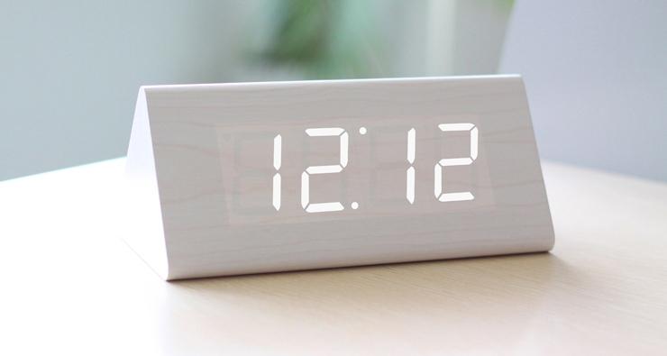 Wood LED Clock-cool stuff