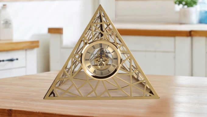 Metal Triangle Desk Clock