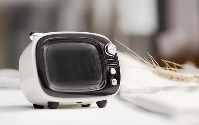Retro TV Styled Alarm Clock Bluetooth Speaker