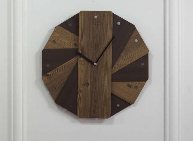 Round Silent Wooden Wall Clock Decorative Clock