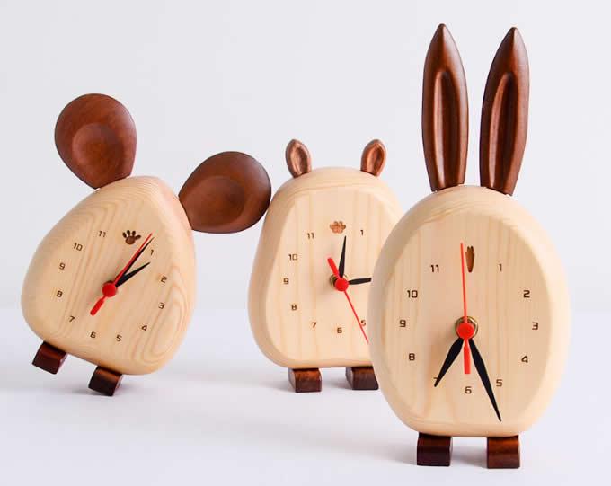 Wood Animal Desk Clock Feelgift