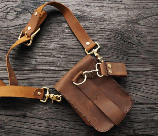 Classic vintage handmade cowhide small shoulder bag Outdoor leather belt bag