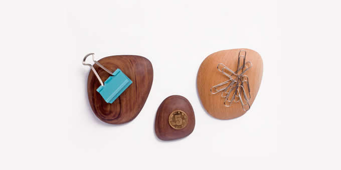 3M Self Adhesive Wooden Magnetic Wall Mount Key Holder