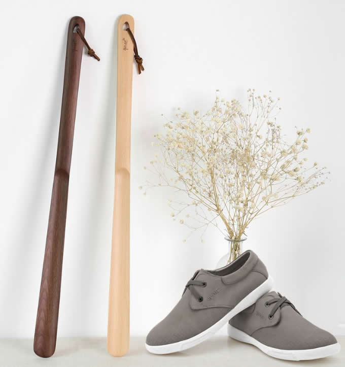 23 Inches Long Wooden Shoe Horn Shoehorn With Base
