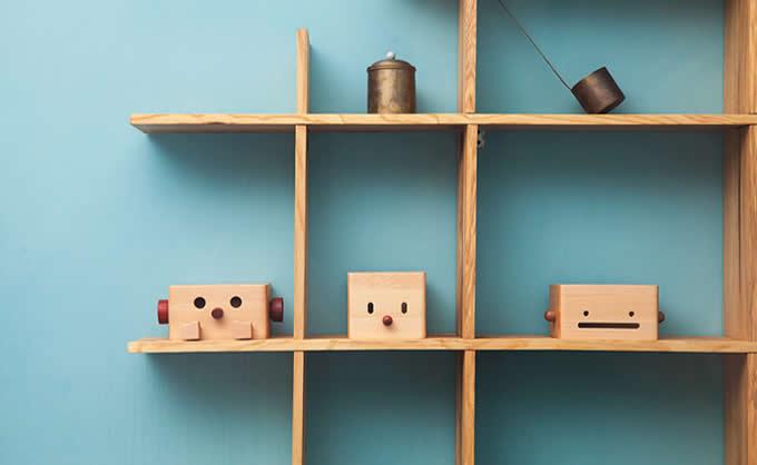 Wood Robot Tissue Box