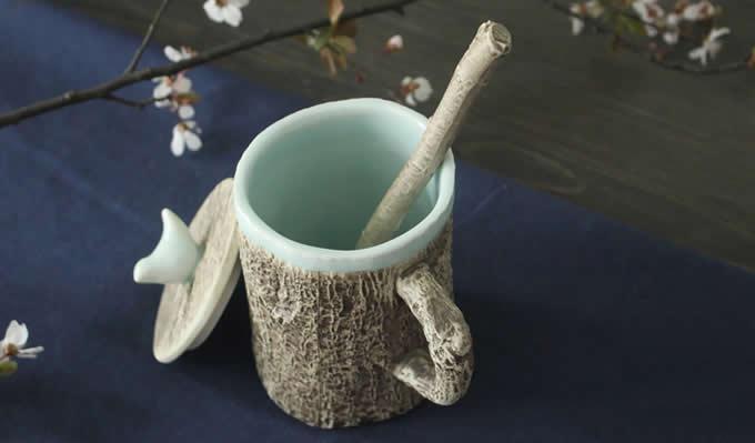 Tree Bark Ceramic Coffee Mug with Bird On Lid