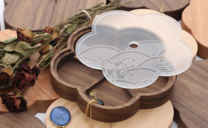 Wooden  Flower Shaped Trinket Ring Earrings Necklace Jewelry Collection Box Storage Case