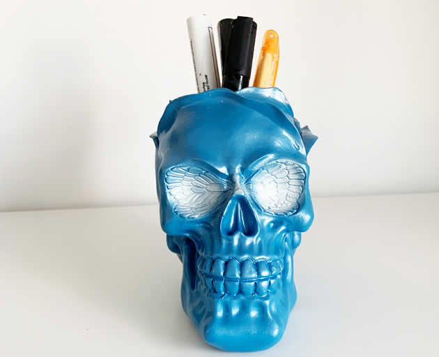 Personalized punk style skull pen holder storage holder