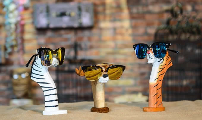 Hand Carved Wood Animal Head Eyeglass Holder Feelgift
