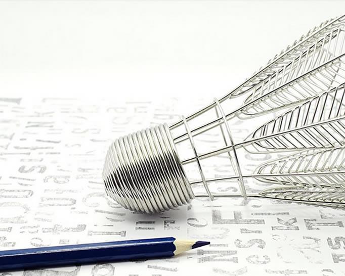 Metal  Badminton Shaped Pen Holer