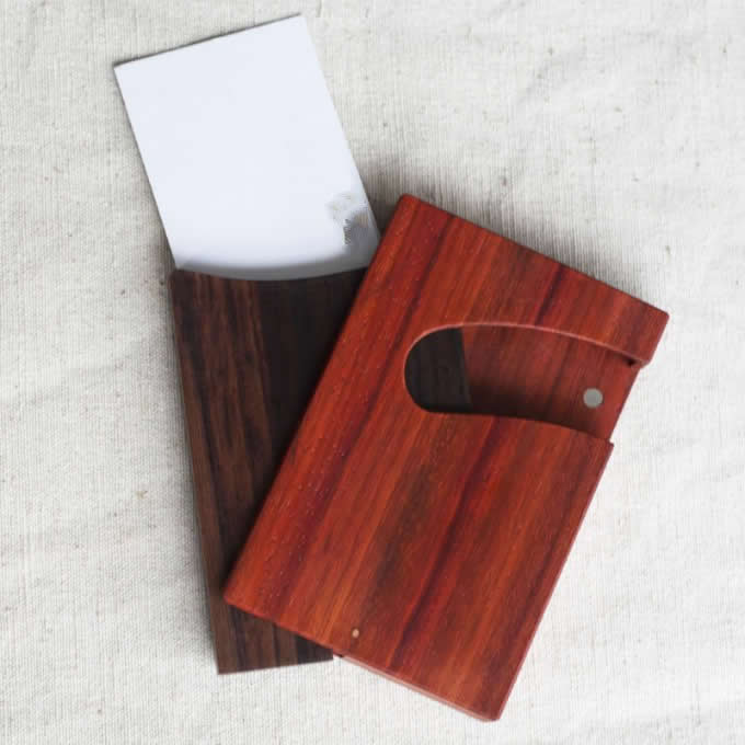 Customize Logo/Name Engrave Slim Wooden Business Card Case