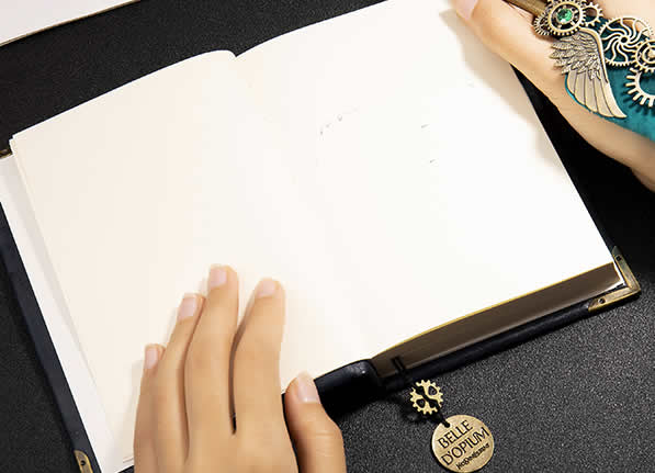 Creative Industrial Style Retro Steampunk Leather Notebook Handbook