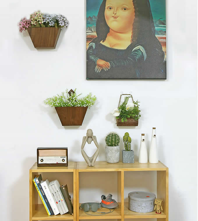 Black Walnut Wooden Wall Mounted Flower Vase