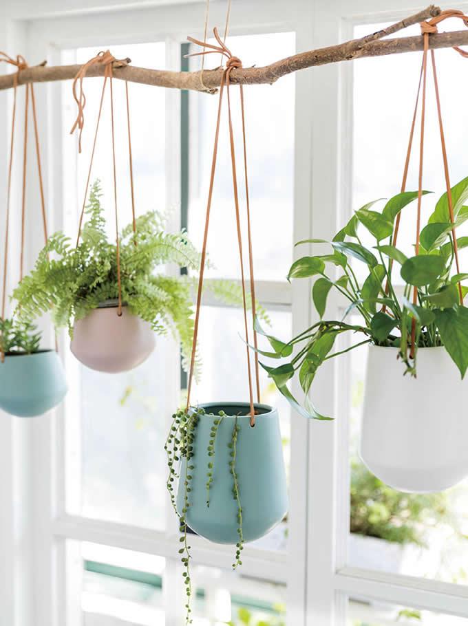 Ceramic Hanging Planter Pot Decorative Flower Vase
