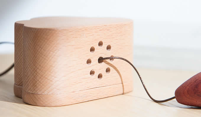 Wooden Clouds Hanging Ornament Music Box /></p>     </div>                             <div class=