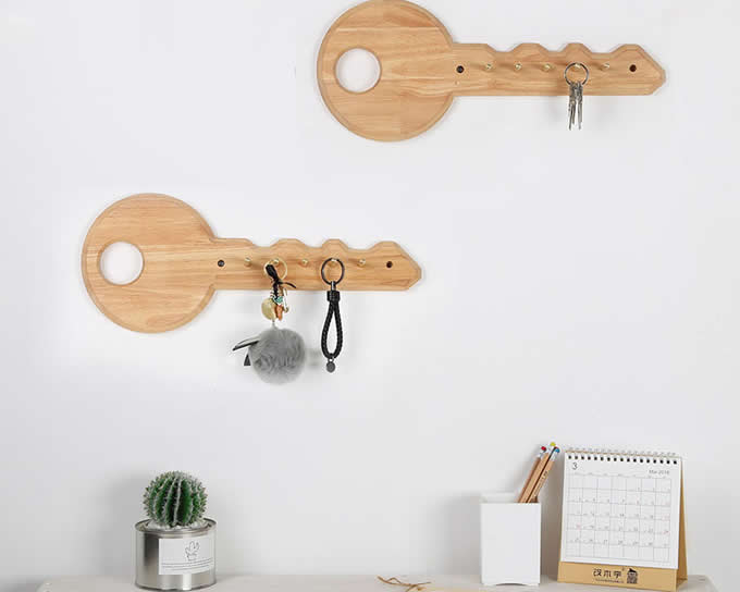 Wooden Decorative Wall Mounted Key Holder