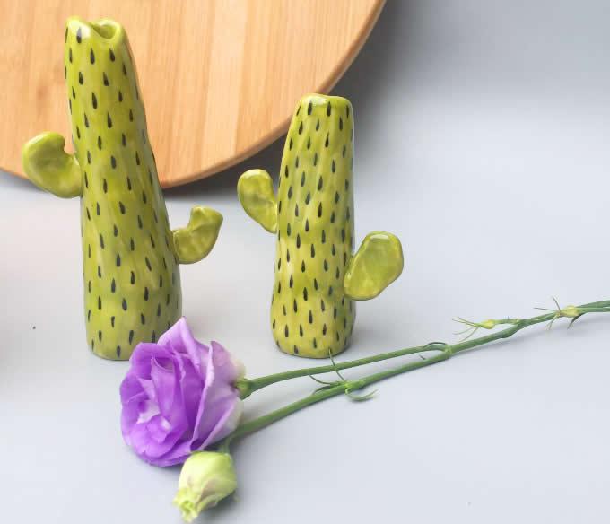 Handmade Cactus Model Ceramic Decorator Vase
