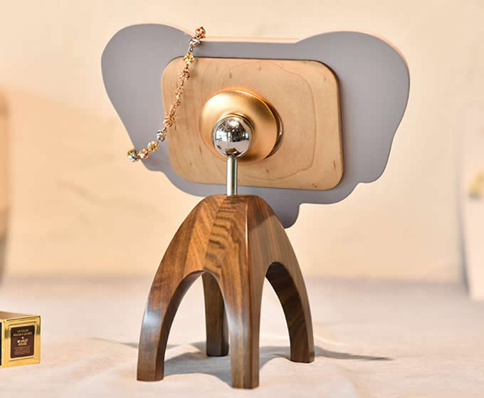 Wood Multifunction 360 Rotation Magnetic Makeup Mirror Holder Cell Phone Holder With Makeup