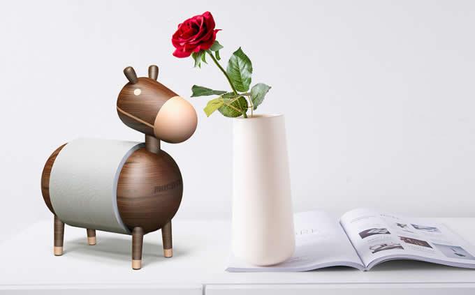 Wooden Donkey Desk Roll Paper Holder