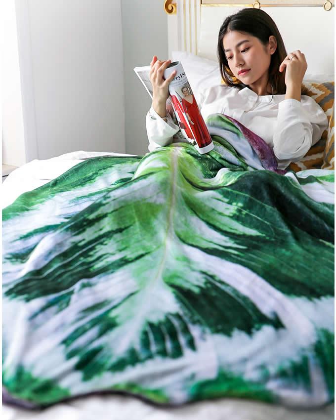 Leaf shape Soft Air Conditioning Blanket- Calathea