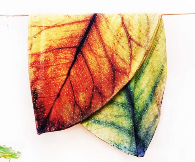 Leaf shape Soft Air Conditioning Blanket- Enchanting red leaf
