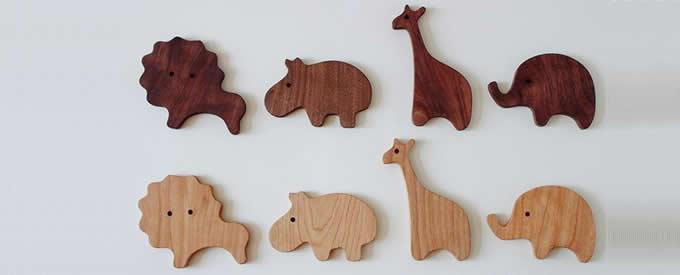 Wooden Animal Ornaments Elephant, Giraffe, Hippo, lion
