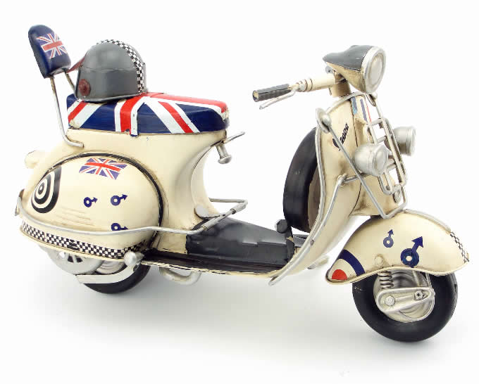 Handmade Antique Model Kit Motorcycle-1968  VESPA Motor Scooter
