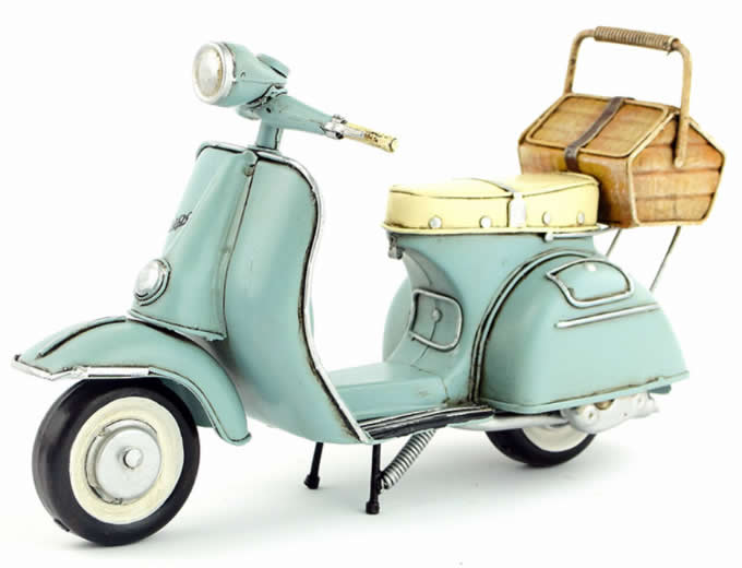 Handmade Antique Model Kit Motorcycle-Retro VESPA Motor Scooter