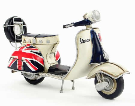 Handmade Antique Model Kit Motorcycle-1965 VESPA  Motor Scooter