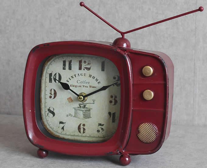 Iron Art Retro TV Shaped  Desk Clock