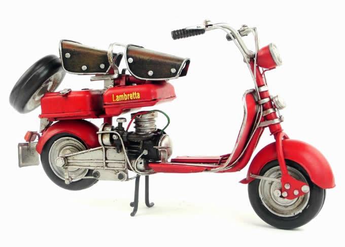 Handmade Antique Model Kit Motorcycle-1954 Lambretta  Motor Scooter